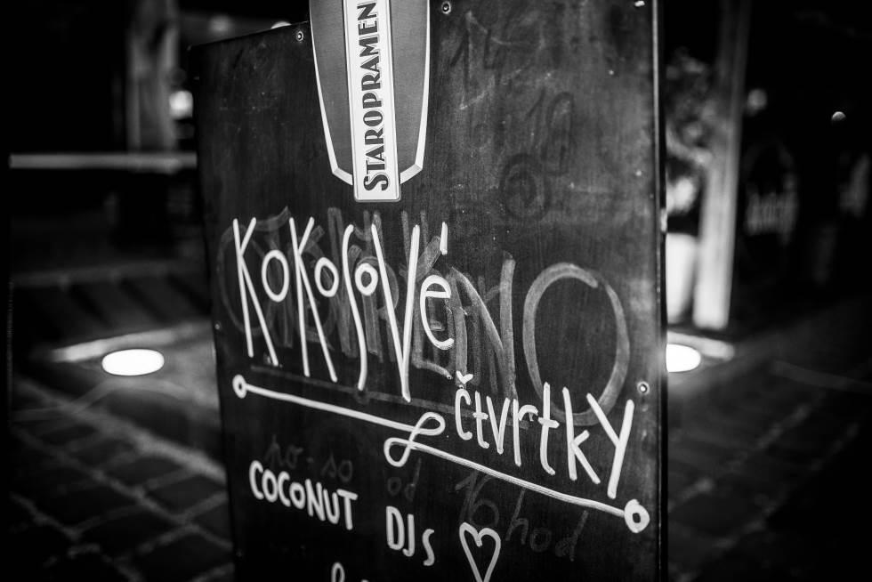 Kokosové čtvrtky - Dj Coconut Party v centru Šumperka